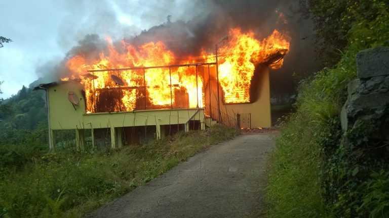 Çaykara'da Yangın: 2 Ölü