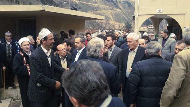 Karaçam'da Ayşe Bayram toprağa verildi 1