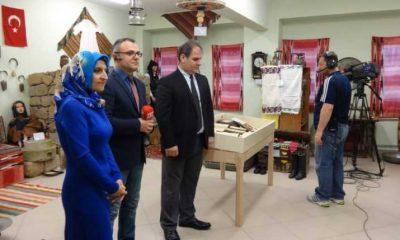 TRT Dernekpazarı'ndaki okul müzesinden canlı yayın yaptı