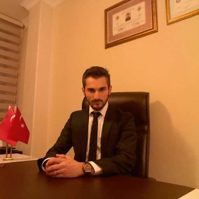 Genç Avukat Selman Aktürk