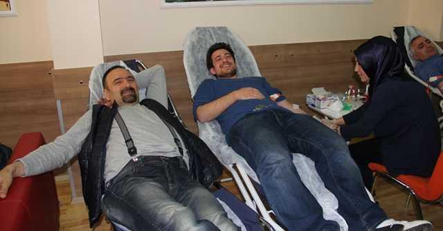 Pendik Uzungöl Derneği'nden örnek kan bağışı kampanyası 4
