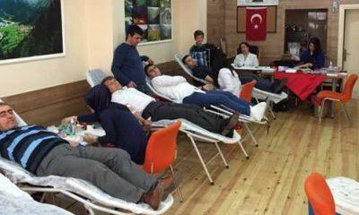 Pendik Uzungöl Derneği'nden örnek kan bağışı kampanyası
