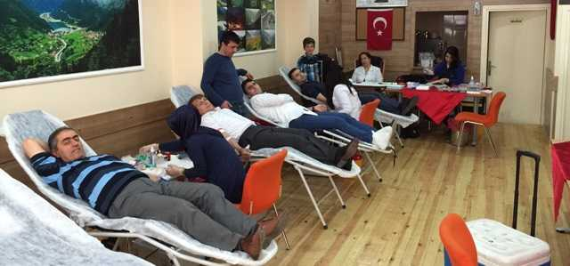 Pendik Uzungöl Derneği'nden örnek kan bağışı kampanyası 6