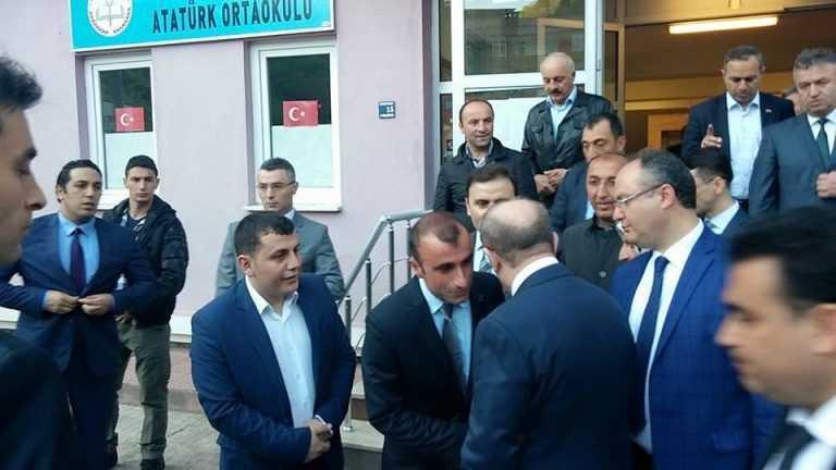 İçişleri Bakanı baba ocağında sorunları dinledi 9