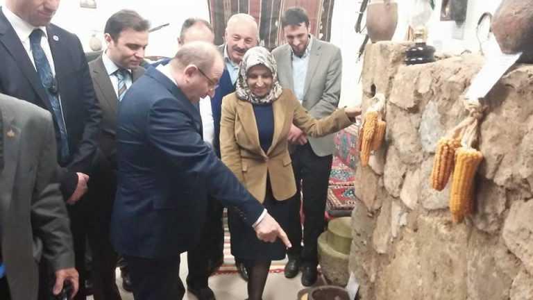 İçişleri Bakanı baba ocağında sorunları dinledi 6