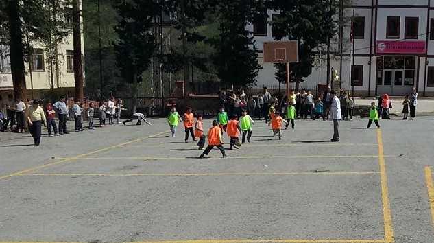 Zeki Bilge İlkokulu 23 Nisan Futbol Turnuvası başladı