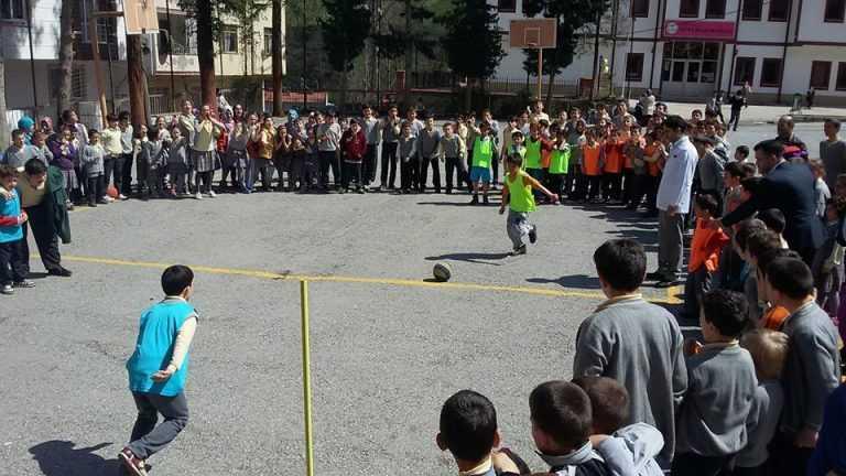 Zeki Bilge İlkokulu 23 Nisan Futbol Turnuvası başladı 11