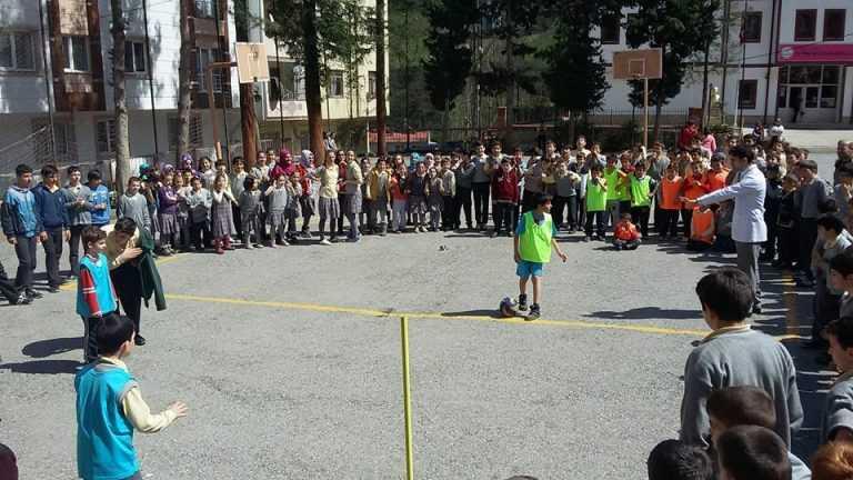 Zeki Bilge İlkokulu 23 Nisan Futbol Turnuvası başladı 13