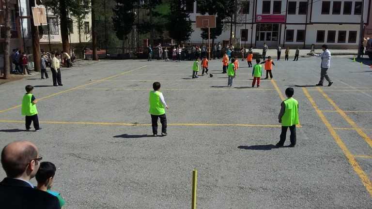 Zeki Bilge İlkokulu 23 Nisan Futbol Turnuvası başladı 7
