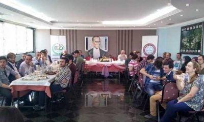 Çaykara ve Dernekpazarı Derneği öğrencilere kahvaltı verdi