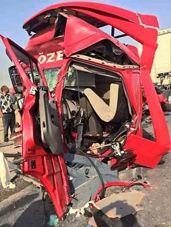 Eski Çaykara Tur şoförü kazada vefat etti 1