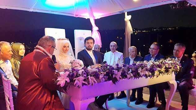 okuyan-düğün (2)