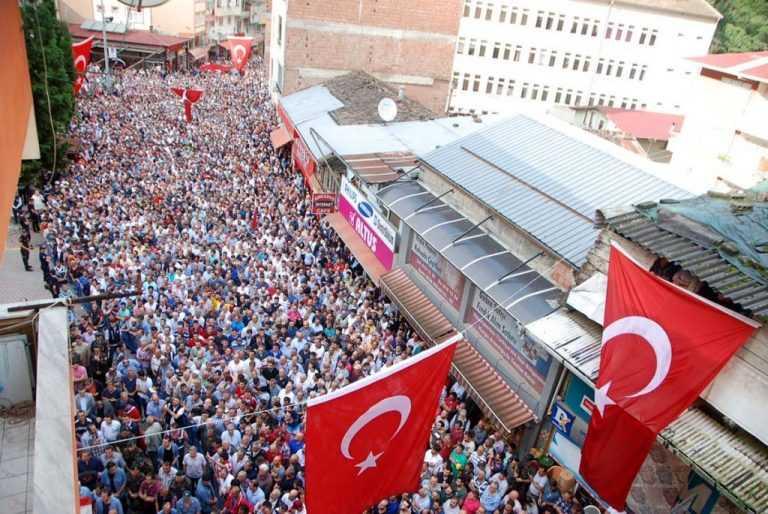 Ahmet Çamur kabri başında anılacak! 2