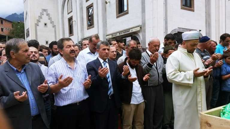 Mehmet Albayrak dualarla toprağa verildi 6