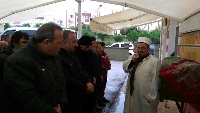 Fatma Bilaloğlu İzmit'te toprağa verildi 4