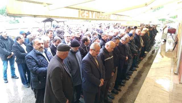 Fatma Bilaloğlu İzmit'te toprağa verildi 6