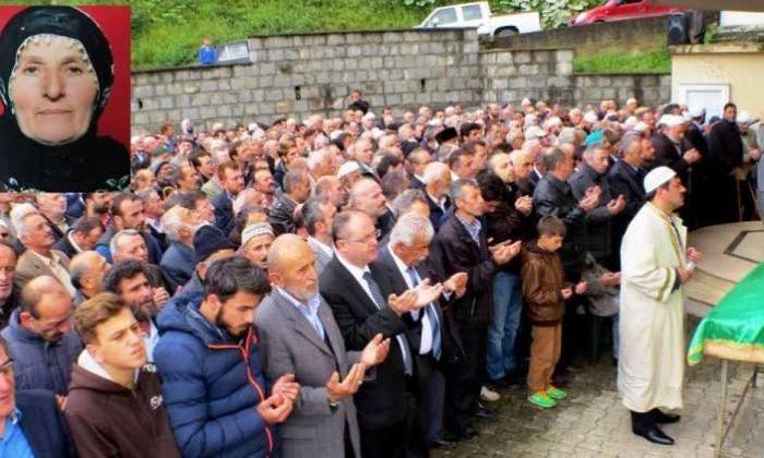 Ulucami'de Elmas Selvi Çakmak toprağa verildi