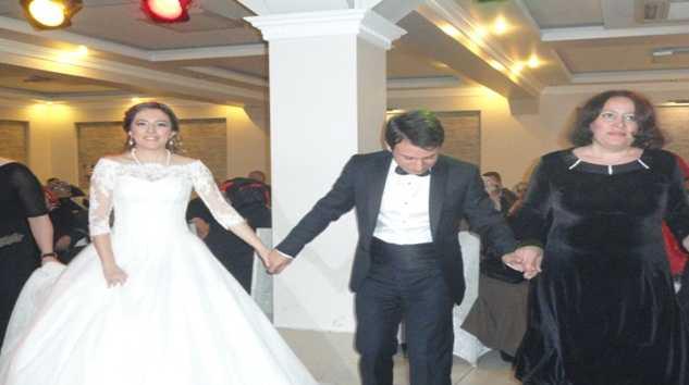 Serap & Hakkı çiftine mutluluklar dileriz 3