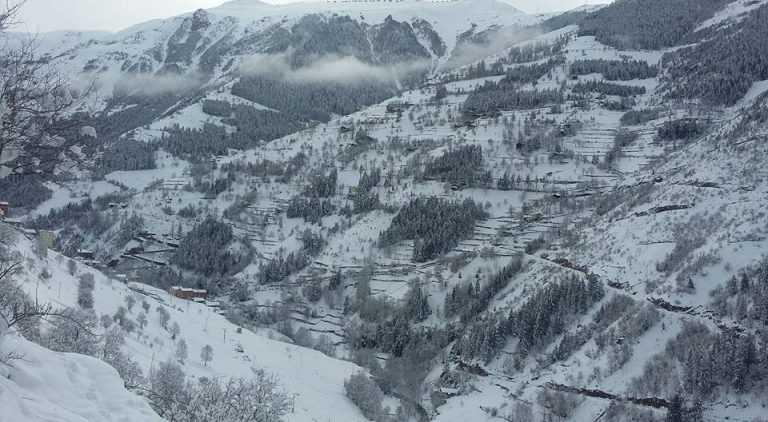 Çaykara sezonun ilk kar'ı ile buluştu 6