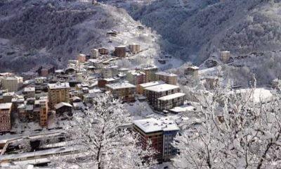 Çaykara'da kar tatili uzadı