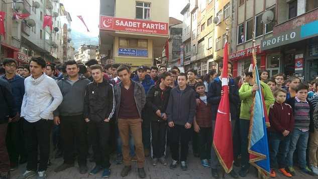 Çaykara'nın düşman işgalinden kurtuluşunun 98. yıldönümü törenlerle kutlandı 4