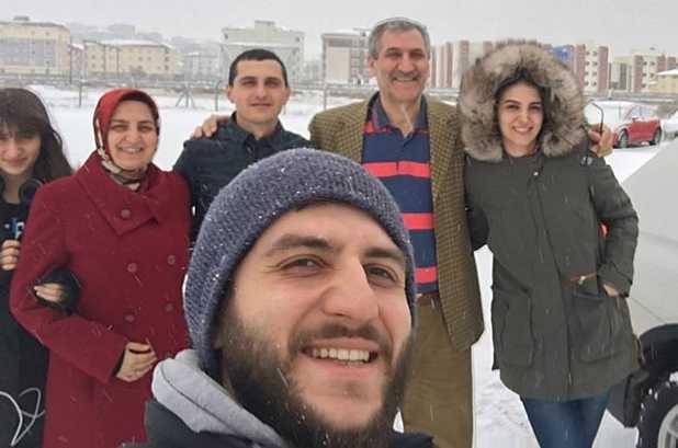 necmi_kurt_ailesi