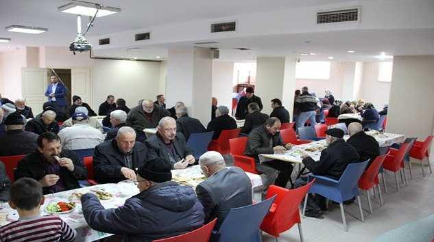 Çaykaralılar Derneği Yaşlılarla Kahvaltı 7