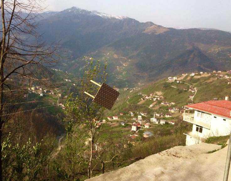 Çaykara'da Fırtına: Çatılar uçtu! 4