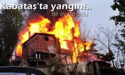 Kabataş'ta çıkan yangında bir ev kül oldu