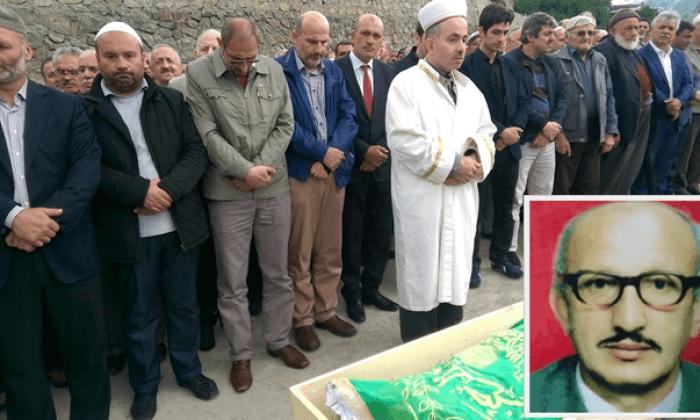 Emekli öğretmen Ahmet Dinçer dualarla toprağa verildi
