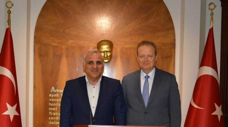 Hemşerimiz Zorluoğlu'ndan Vali Yavuz'a hayırlı olsun ziyareti