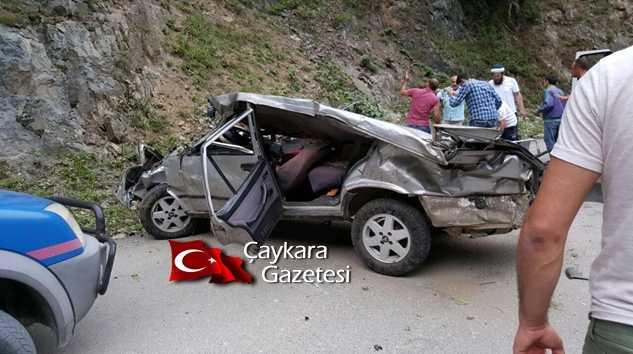 Çaykara'da Trafik Kazası üç ağır yaralı