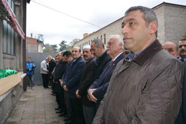 Kent Konseyi Başkanı Ahmet Aslanoğlu toprağa verildi 4