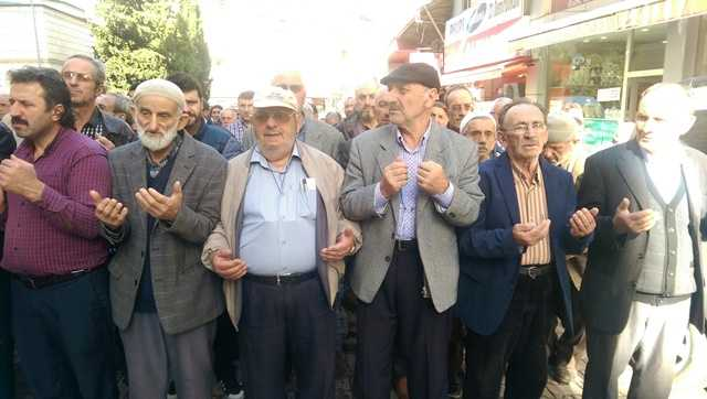 Kabataş Mahallesinden Abdullah Albayrak dualarla toprağa verildi 12