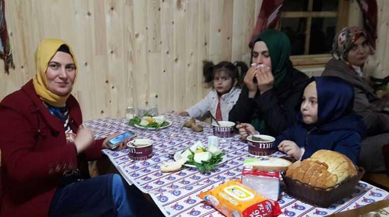 Ankara'daki Çaykaralılar bir araya geldi 7