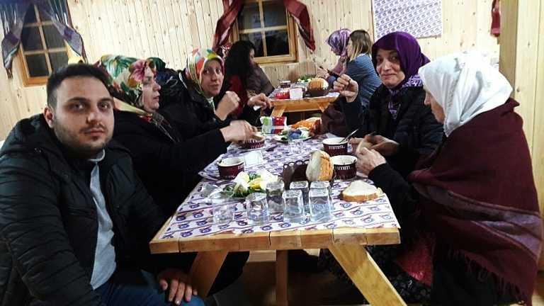 Ankara'daki Çaykaralılar bir araya geldi 8