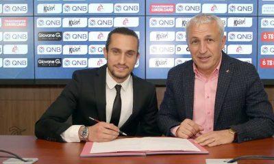 Yusuf Yazıcı 2022'ye kadar Trabzonspor'a İmza attı