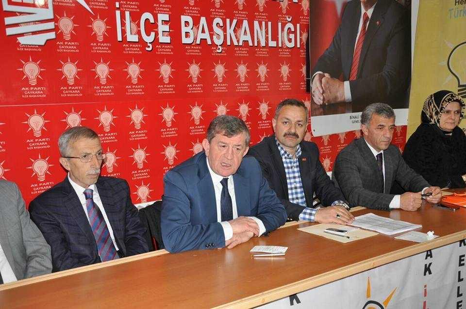 Haydar Revi Çaykara'da yeni Anayasayı anlattı