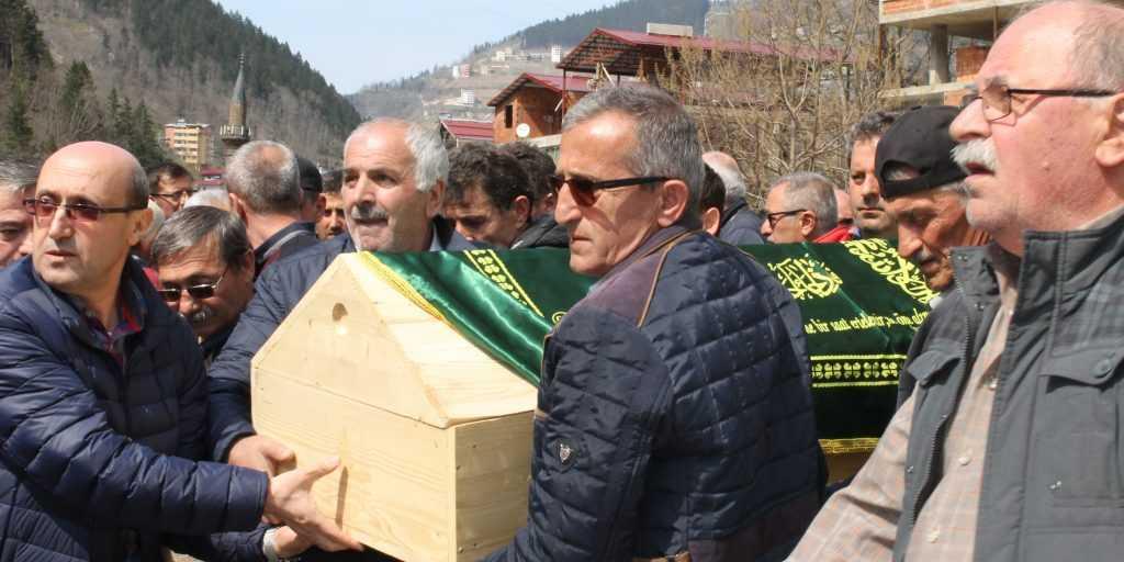 Taşkıran'da Cahit Çelebi Toprağa verildi 15