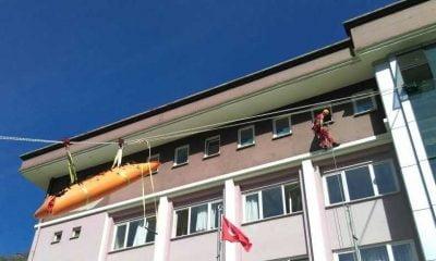 Dernekpazarı'nda yangın ve deprem tatbikatı yapıldı