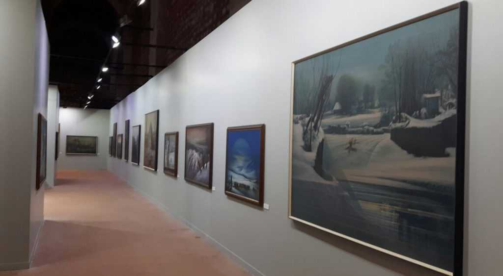 Ressam Aydın Ayan 45. yıl sergisini açtı 4