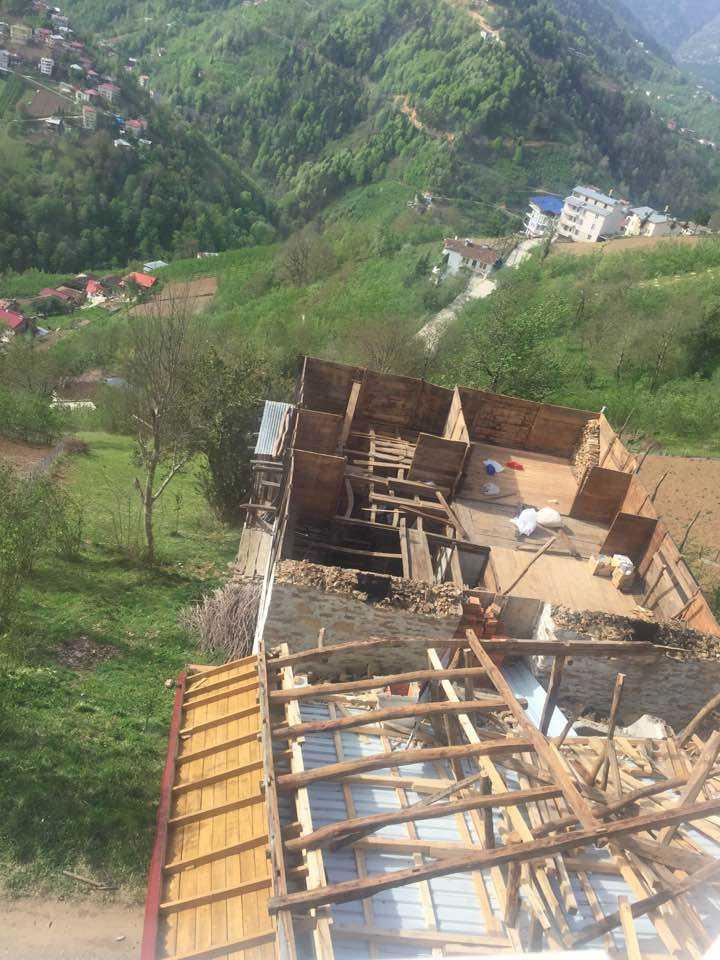Fırtına Çaykara ve Mahallelerinde hasara neden oldu 4
