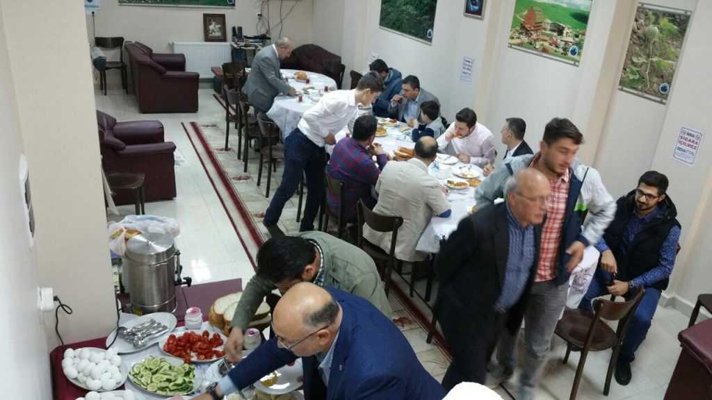 İstanbul'daki Şahinkayalılar Derneği yeni lokaline taşındı 5