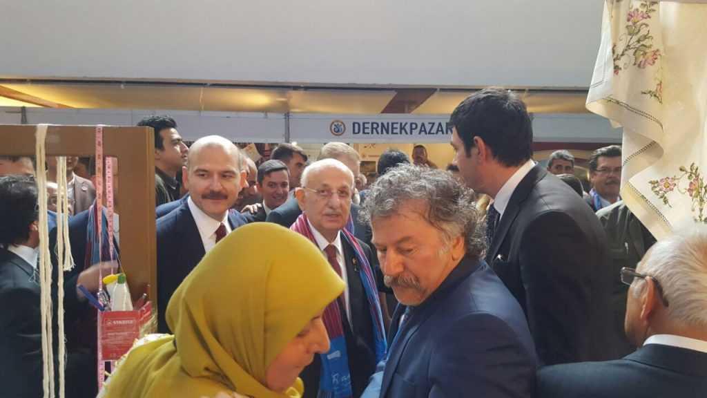 Ankara'da Çaykara standına ilgi büyük 9