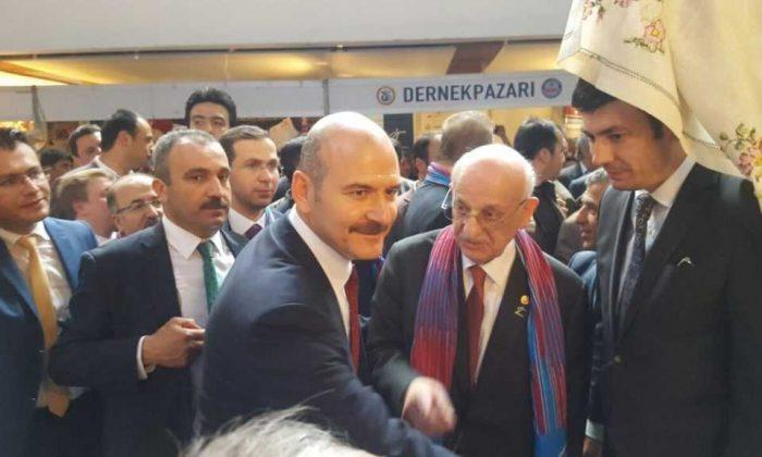 Ankara'da Çaykara standına ilgi büyük