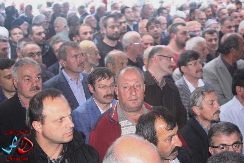 Büyükşehir Meclis Üyesi Hüseyin Dereli toprağa verildi 3