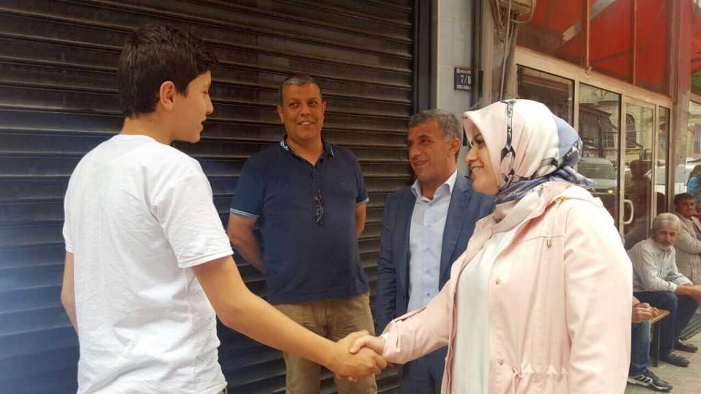 Milletvekili Köseoğlu Çaykara ile bayramlaştı 1