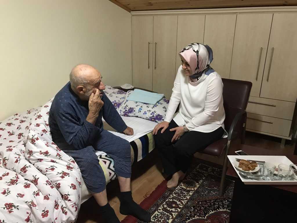 Milletvekili Köseoğlu Çaykara ile bayramlaştı 4