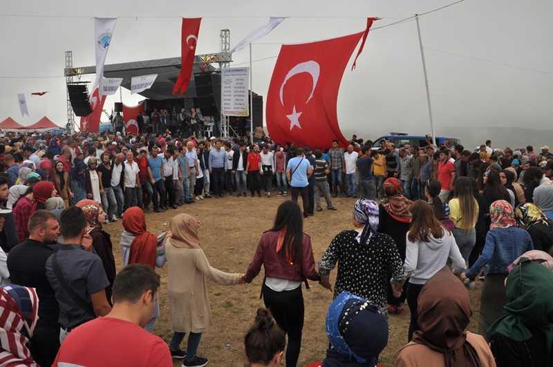 On binler Sultanmurat'ta buluştu 31