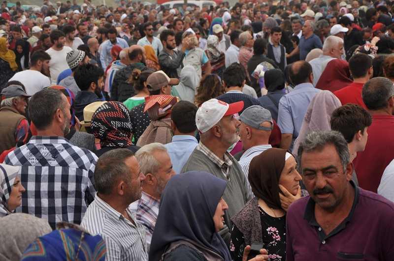 On binler Sultanmurat'ta buluştu 35